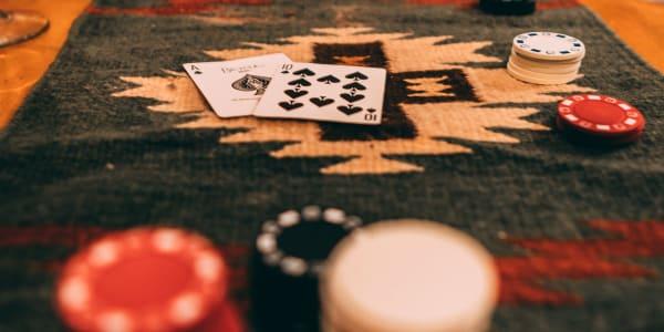 Cara Meningkatkan Odds Anda dan Mengurangi House Edge di Blackjack Online